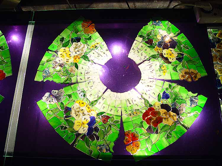 News Updated March 6th 2004 The Making Of 16 Quot Pansy Tiffany Lamp Design 1448 By Tiffany